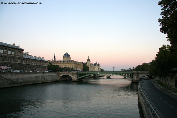 Sunrise on the Seine
